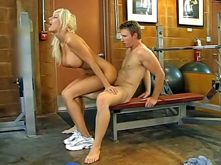 During training opportunity pornstar Puma Swede jumps overhead a dick