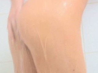 Being so wet after taking shower that hottie is ready for rear fuck