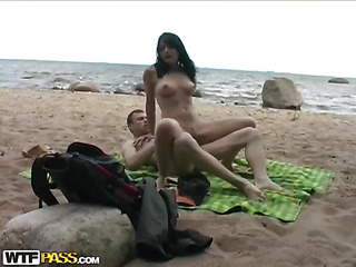 It was supposed to be a romantic picnic on a beach, but when a cutie looks like a ideal doll for sex a guy can't assist but get extremely horny. After a youthful pair found a secluded place where nobody would disturb 'em, the cutie took her boyfriend's jock in her mouth for a jaw-breaking unfathomable mouth...