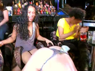 Horny girls give awesome deep blowjob on late hardcore party