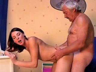 Old dirty man screwing amateur hot brunette girl at room