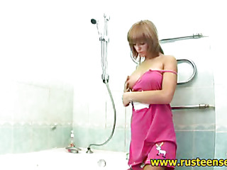 Anya likes to masturbate in bath - no one interrupts her and warm shower streams bring her much of pleasure if direct 'em to the right places. Then this babe gets warm sufficiently of this water sex massage Anya takes a sex toy and lubes it with her saliva. Then this babe puts it directly into her cum-hole and waves of an intense orgasm catch all her feelings!